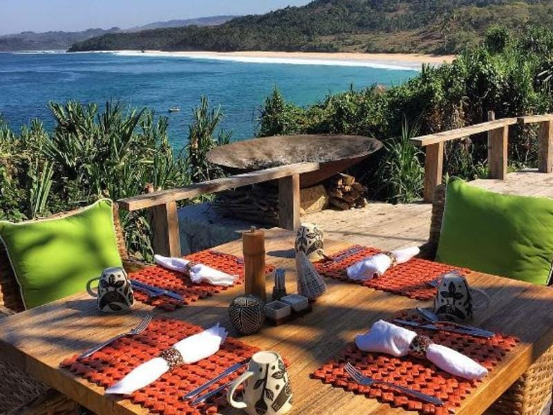 Lunch with a view: The hotel's Executive Chef, Ben McRae, prepares food by using local, organic ingredients.  (instagram)