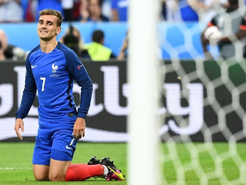 France's forward Antoine Griezmann reacts during the Euro 2016 final. (AFP Photo)