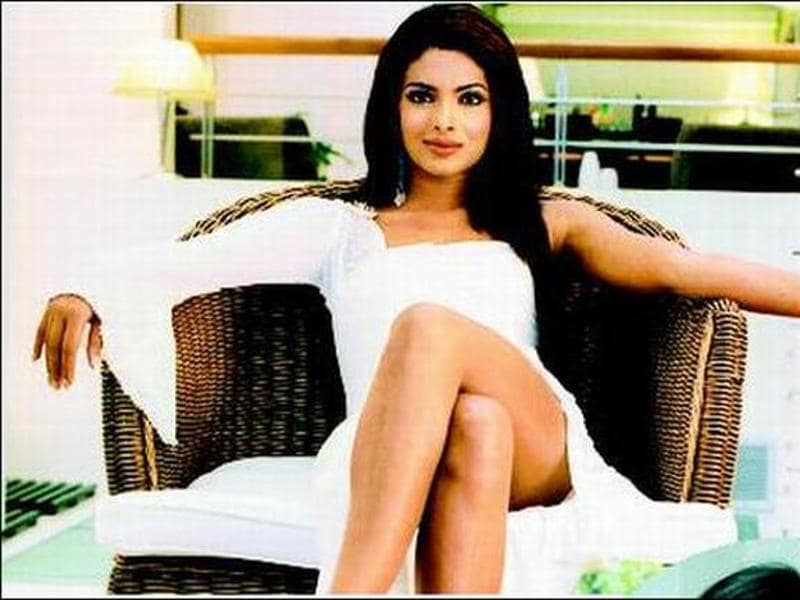 Priyanka essayed her first villainous role in Akshay Kumar's Aitraaz (2004).