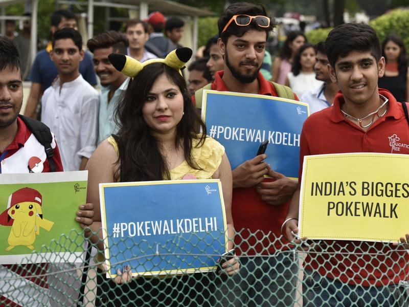 India isin't far behind in the celebration of Pokemon mania. Several walks are being organised across the country by gamers who wish to catch as many Pokemons as quickly as possible.  (Raj K Raj/HT Photo)