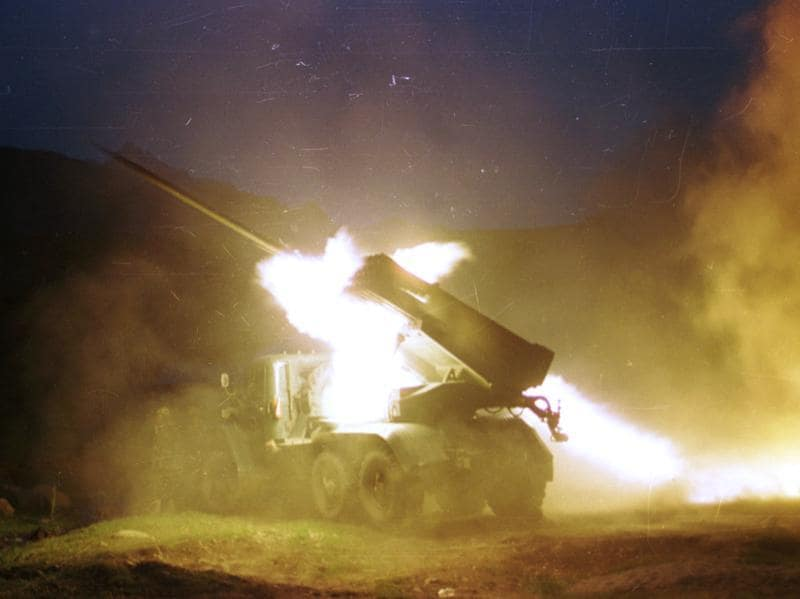 Indian Army soldiers fire rocket from a launcher at Dras Sector during the war. It took 527 Indian lives to drive the Pakistani aggressors back. (Sunil Saxena/HT file photo)