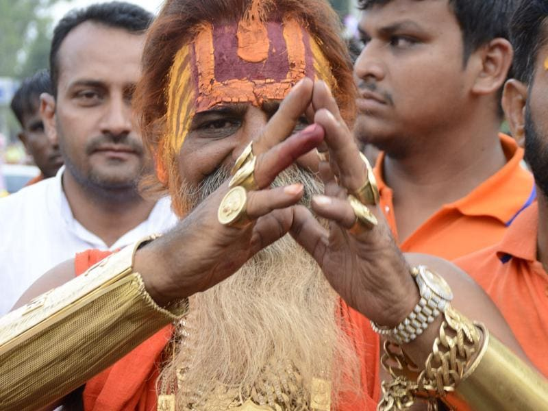 Sudhir Makkar says he wears so much gold because it is a symbol of Goddess Laxmi, and not to show off his wealth. (Sakib Ali /ht photo)