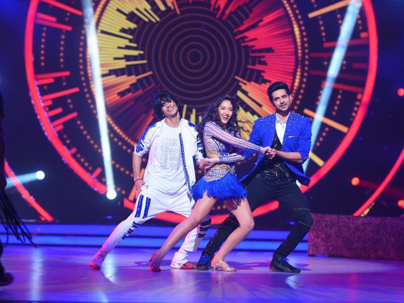 The next trio act for the night will be a perfect blend of style, grace and swagger with TV actors Shakti Arora, Shantanu Maheswari and Nora Fatehi. (COLORS)