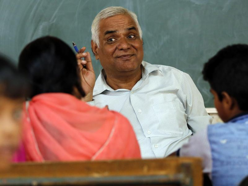 During the parent-teacher meetings, the government will inform the parents about the initiatives to improve the quality of education in its schools. (SANCHIT KHANNA/HT PHOTO)