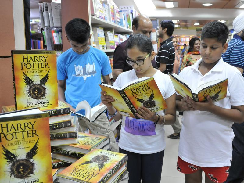 Rest your fears, Harry Potter and the Cursed Child is the eighth book, and it will devour you.  (Keshav Singh/HT Photo)