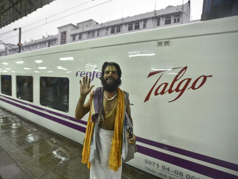 Spanish-made Talgo became the fastest train in the country by clocking a speed of 180 kilometre per hour by covering 84 km in 38 minutes in a trial conducted by Railways on Mathura-Palwal route.   (Raj K Raj/HT PHOTO)