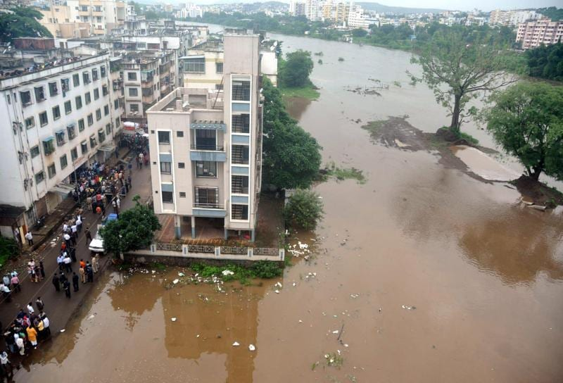 Water Level rises due to heavy rain at Ekthanagar, Sinhgad road in Pune, India, on Wednesday.