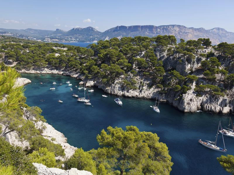 If you're vacationing on the Côte d'Azur, the steep rocky coasts known as the Calanques are well worth a visit. The wildness of this natural spot set against turquoise waters can be discovered via a 24 km road trip from Marseilles to Cassis. It's also possible to take a boat trip out to get a closer look. (iStockphoto)