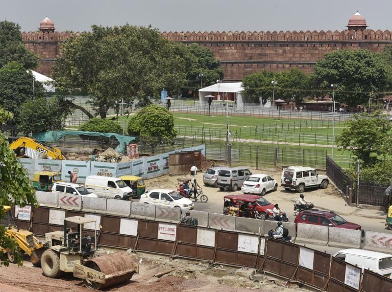 A Metro station being constructed near Red Fort in Old Delhi.The fort, perhaps Delhi's most famous landmark, will become easier to visit for tourists hunting for a slice of history. (Saumya Khandelwal/HT PHOTO)