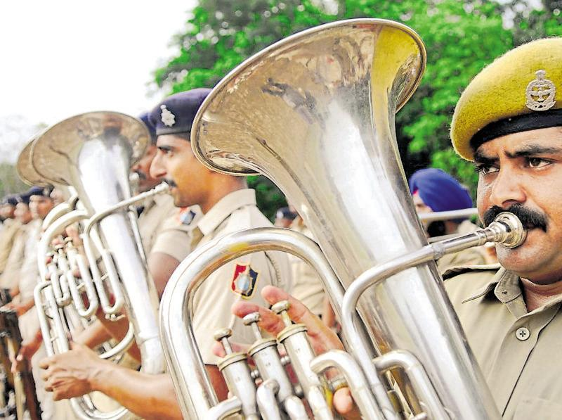 Police band prepares for Independence Day parade, in Chandigarh on Thursday. (Anil Dayal/HT Photo)