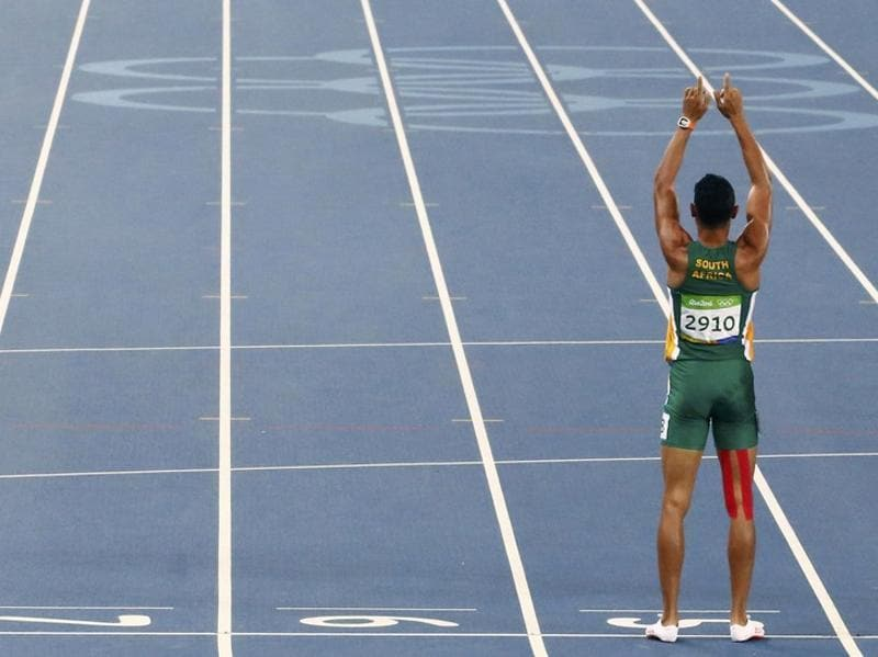 Michael Johnson later said that Van Niekerk could become the next big star after Usain Bolt. (REUTERS Photo)