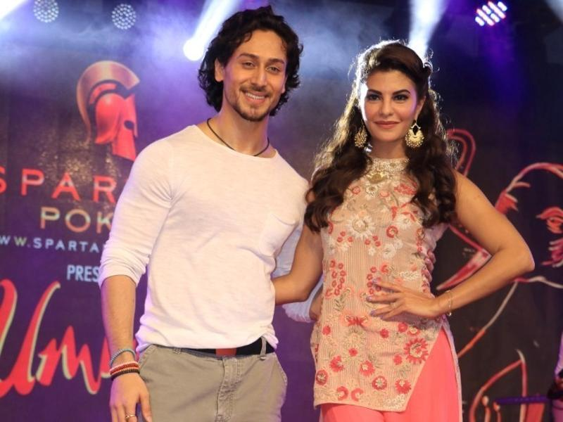 The leading actors of A Flying Jatt, Tiger Shroff and Jacqueline Fernandez, attend Umang inter-collegiate festival, organised by Narsee Monjee College Of Commerce and Economics in Mumbai, on Monday. (IANS)