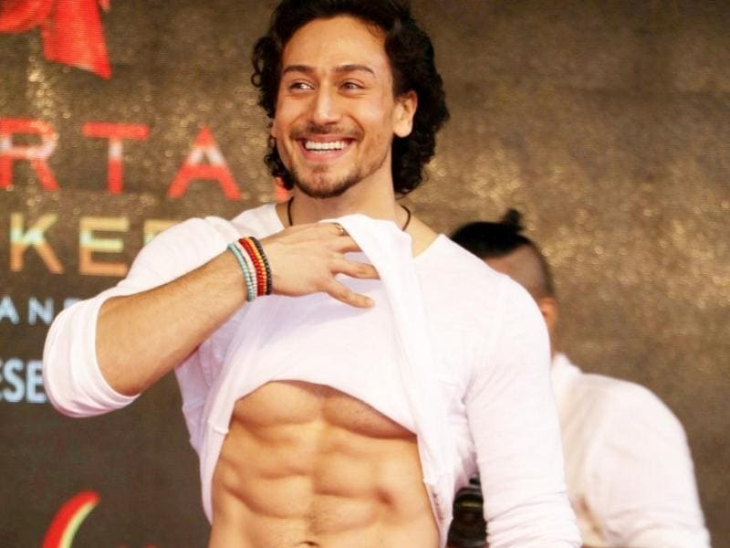 This will be Tiger's third film after Heropanti (2014) and Baaghi (2016). Here, he shows off his chiseled abs on popular demand. The handsome Jatt and his babe are scheduled to meet us on August 25 at theatres near us. (IANS)