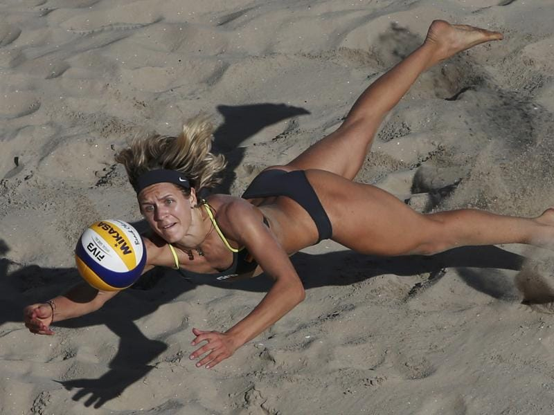 Laura Ludwig  of Germany in action during a  women's round 16 beach volleyball match at the Beach Volleyball Arena in Rio de Janeiro on August 13, 2016. (Adrees Latif / Reuters photo)