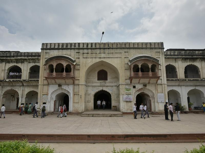 The Anglo Arabic School at Ajmeri Gate has seen Delhi-6 flourishing, declining and being revived through the ages. Founded in 1692 as 'Madrasa Ghaziuddin' during the reign of Mughal emperor Aurangzeb, the school has produced many great leaders, writers, sportsmen and educationists despite limited means and diminishing support. (Ravi Choudhary/HT PHOTO)
