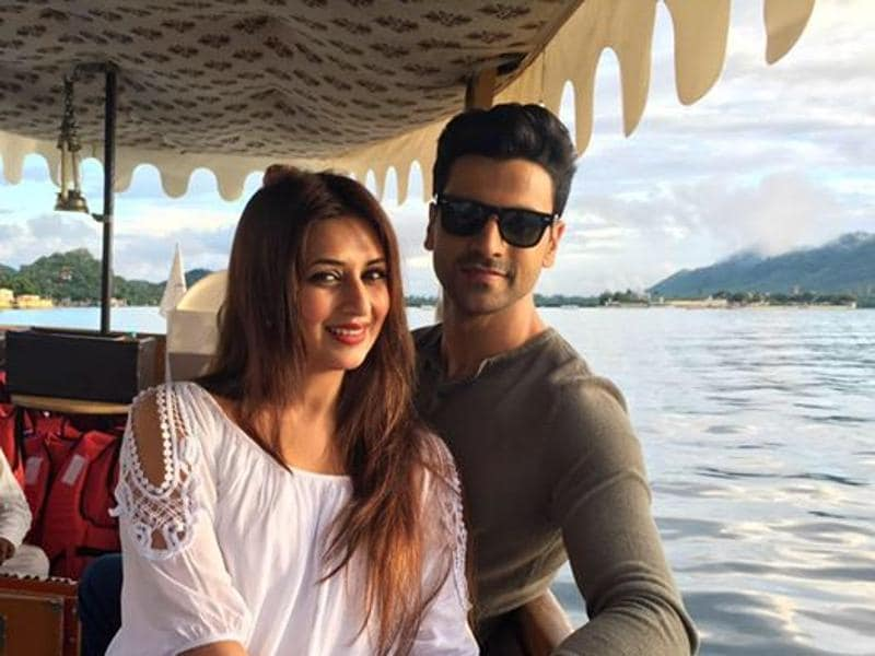 Divyanka Tripathi is holidaying with her husband Vivek Dahiya in Udaipur and we bet the pictures   she has been posting on social media will make you jealous. (Facebook)
