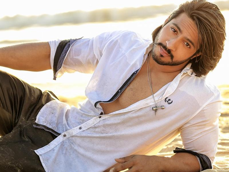 This model-turned-actor, Thakur Anoop Singh, who played Dhritarashtra in the 2013 TV series Mahabharata, will soon be seen as the villain in Suriya starrer S3 to be directed by Hari. (Thakuranoopsinghofficial/Facebook)