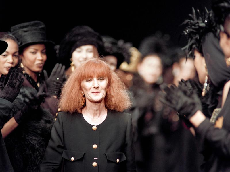 Sonia Rykiel applauded by her models at the 1993-94 autumn/winter collection in Paris. Sonia Rykiel, the so-called Queen of Knitwear, died on August 25, 2016 at the age of 86 after a long battle with Parkinson's disease. (AFP)