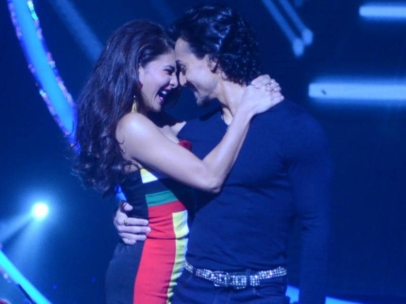 At the  reality dance show Jhalak Dikhhla Jaa season 9, the actors belted out a sensational performance.  Tiger who is known to be a phenomenal dancer took to the floor with Jacqueline.  (IANS)