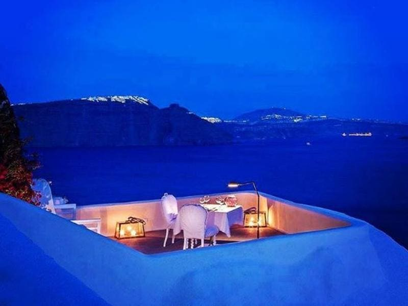 Growth is also attributed to fears of terrorism, violence and unrest in neighbouring Turkey, Tunisia and Egypt -- major resort destinations -- with holidaymakers diverting their vacation plans to Greece. The beautiful Santorini... (webgreece/instagram)