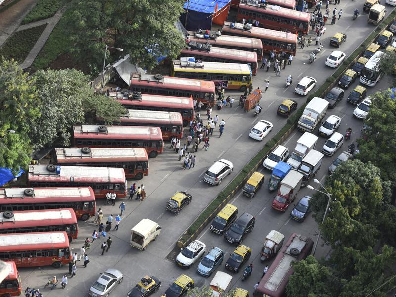 TRAVEL MADE EASY: State transport (ST) buses parked on Senapati Bapat Marg, to ferry devotees to the home towns. (Anshuman Poyrekar/HT )