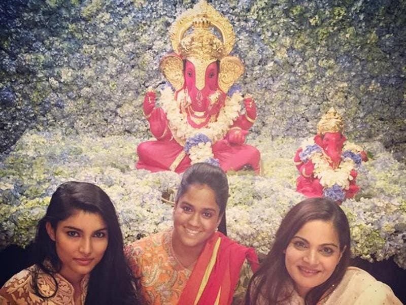 Salman Khan, who has been celebrating Ganesh Chaturthi for more than 10 years at his residence, will miss the celebrations this year. However, as seen in this pictures his entire family including his sisters Arpita Khan and Alvira Khan actively partake in the festivities.  (Twitter)