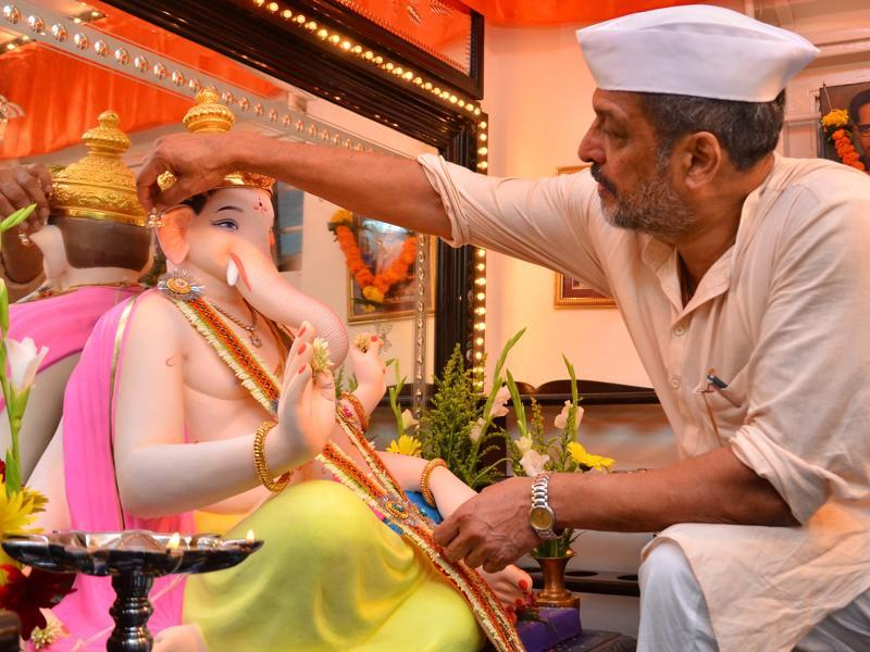 Almost all Bollywood celebrities actively take part in Ganesh festival and some of them even take an idol of Lord Ganesha home for a couple of days. (Yogen Shah/ HT Photo)