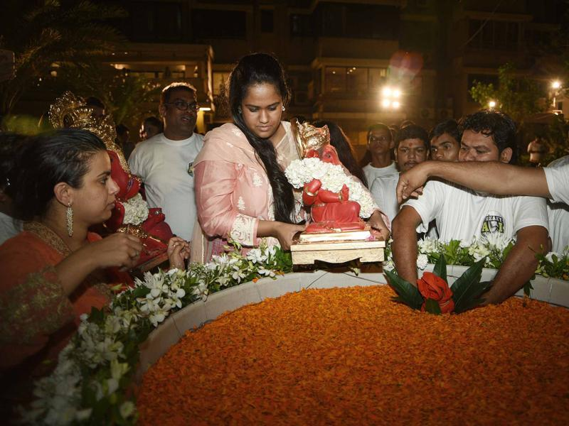 Salman's sister is all set for Ganpati visrajan. (Yogen Shah)