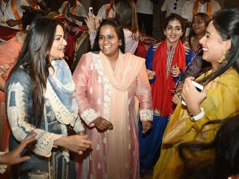 Arpita enjoys her moments and Ganesha festivities with family and friends. (Yogen Shah)