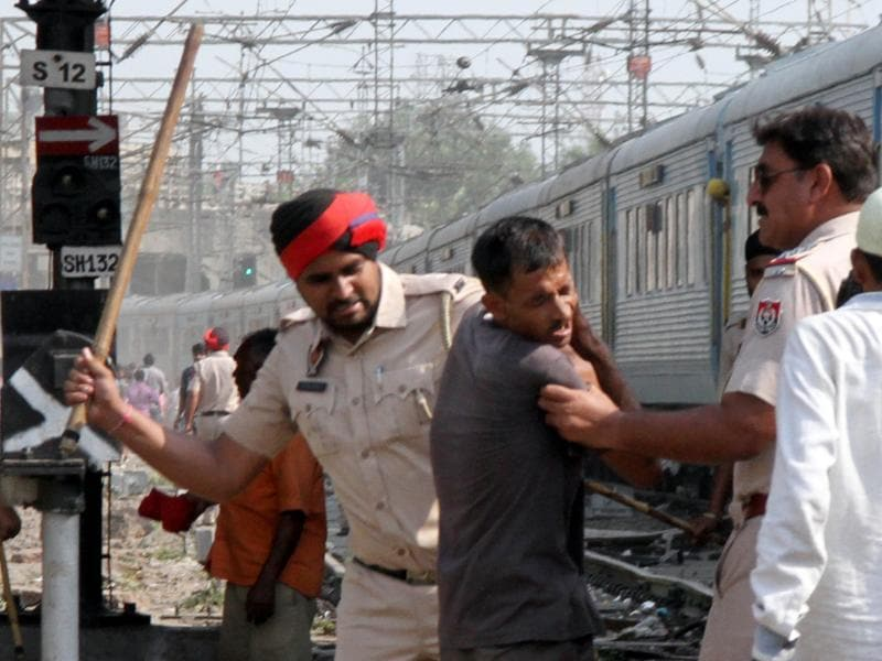 Cops had to baton charge the agitators, which injured three of them. (JS Grewal/HT Photo)
