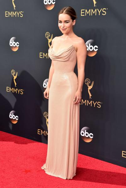 Actress Emilia Clarke attends the 68th Annual Primetime Emmy Awards at Microsoft Theater on September 18, 2016 in Los Angeles, California. Alberto E. (AFP)
