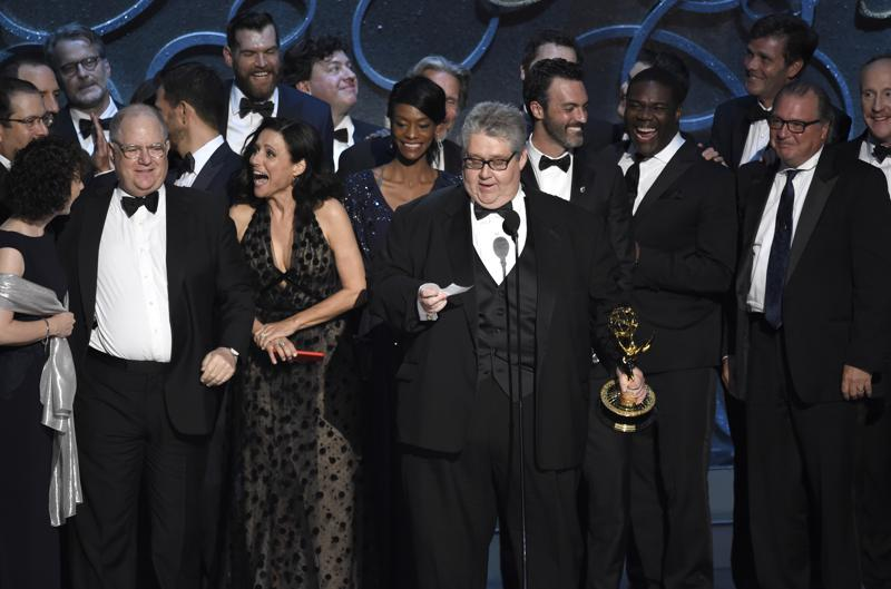 "David Mandel, foreground center, and the cast and crew from ""Veep"" accept the award for outstanding comedy series at the 68th Primetime Emmy Awards on Sunday, Sept. 18, 2016, at the Microsoft Theater in Los Angeles. (Photo by Chris Pizzello/Invision/AP) (Chris Pizzello/Invision/AP)"
