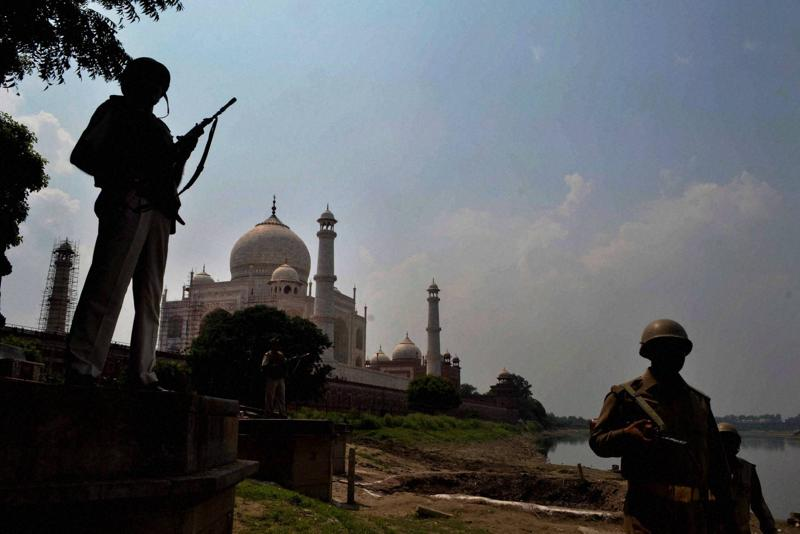 Security stepped up near Taj Mahal in Agra on Monday in the wake of Uri terrorist attack.  (PTI)