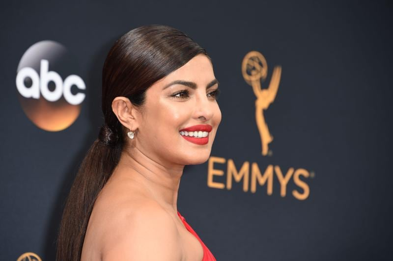 Actress Priyanka Chopra arrives for the 68th Emmy Awards on September 18, 2016 at the Microsoft Theatre in Los Angeles. / AFP PHOTO / Robyn Beck (AFP)