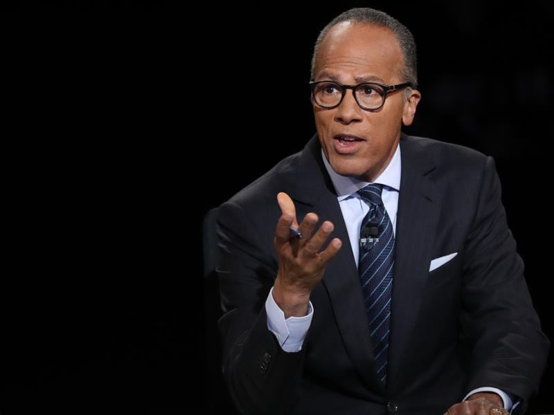 Debate moderator Lester Holt talks during the first presidential debate at Hofstra University in Hempstead, New York. (AFP Photo)