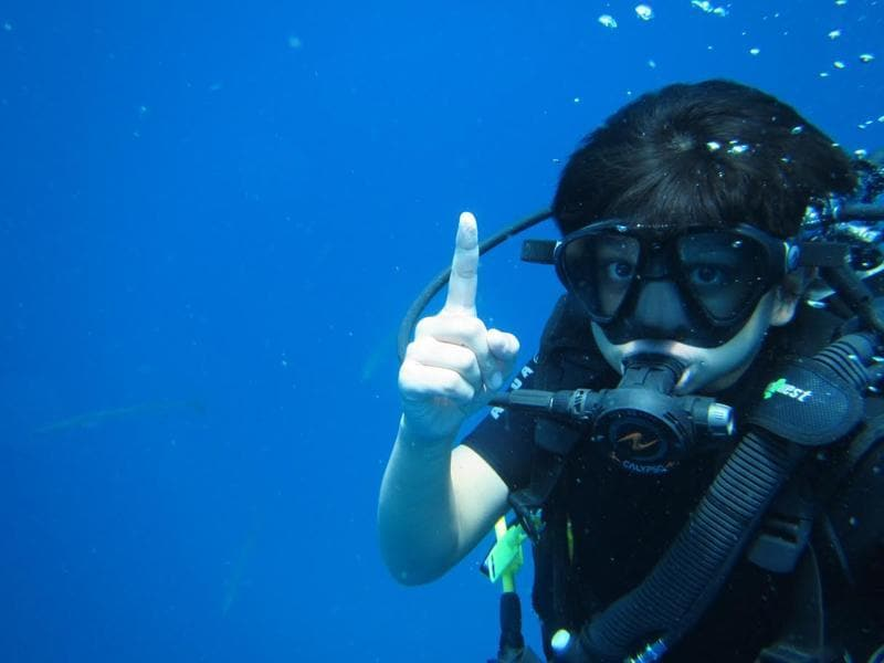 During the vacation Arshad's son Zeke was seen scuba diving. (Hindustan Times)