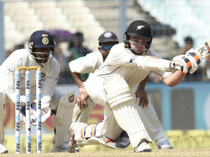 Tom Lathan of New Zealand in action. (Subhendu Ghosh/ht photo)