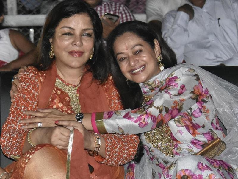 Veteran actors Zeenat Aman and Zarina Wahab during Dashahara Mahotsav program in Patna on Monday. (PTI Photo)