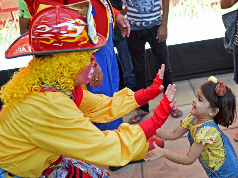 Sparky interacting with children at HighStreet Phoenix in Lower Parel on Saturday. (Pratik Chorge/HT )