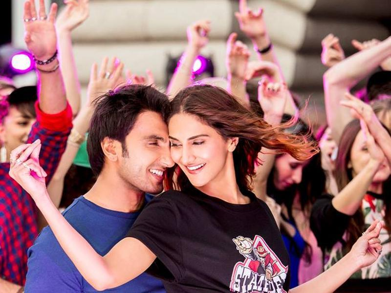 The sources also said that Vaani Kapoor, too, has an interesting piece for her fans in Befikre trailer.