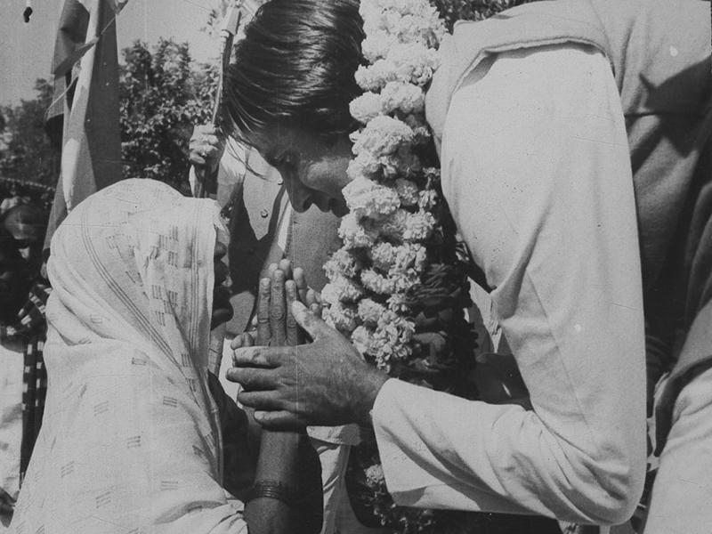 Amitabh Bachchan during his election campaign in Allahabad (UP). (HT Archives)