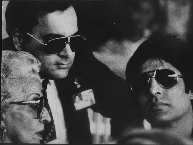 Former PM Rajiv Gandhi with Amitabh Bachchan and Teji Bachchan at the inauguration ceremony of Asiad, 1982. (HT Archives)