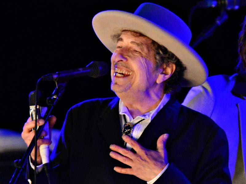 Bob Dylan performs during day 2 of The Hop Festival in Paddock Wood, Kent on June 30, 2012. (Reuters Photo)
