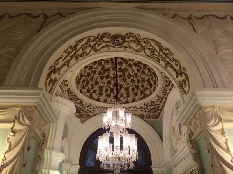 Magnificent chandeliers look to captivate the audience on Wednesday with the inauguration of the MAMI (Mumbai Academy of Moving Images) film festival. (Aalok soni/ht photo)