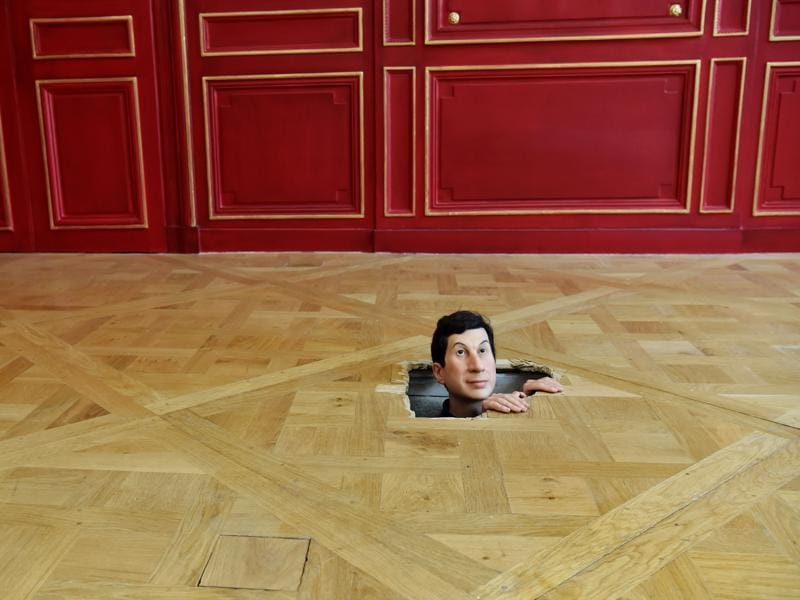 an analysis of the work of maurizio cattelan an italian artist Let designer and sculptor maurizio cattelan and  can be seen as an artist's  the toilet paper website offers additional analysis on their work:.