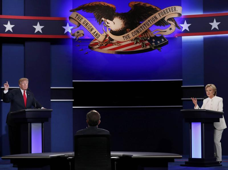 Republican US presidential nominee Donald Trump and Democratic US presidential nominee Hillary Clinton take part in their third and final 2016 presidential campaign debate, moderated by Chris Wallace. (Reuters )