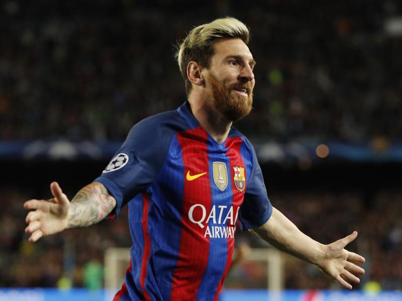 Lionel Messi celebrates scoring  first goal for Barcelona during a football match between FC Barcelona and Manchester City in the UEFA Champions League Group Stage - Group C - at the Nou Camp, Barcelona, Spain on October 19, 2016. (REUTERS)