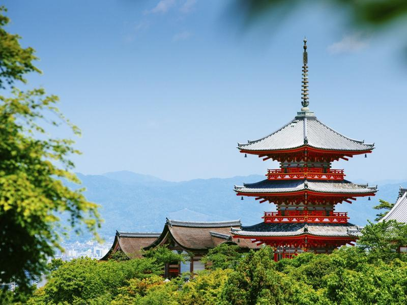 The former imperial capital of Japan, Kyoto, is located in the central island of Honshu. More than a 1000 years old, the city today is the hub of IT and electronics industries. (Ferrantraite/iStock)