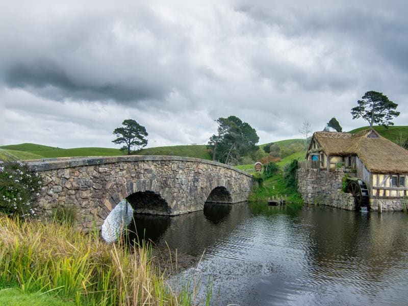 The bridge at the Hobbiton set of Peter Jackson's The Lord of the Rings and Hobbit series. (Wikipedia)