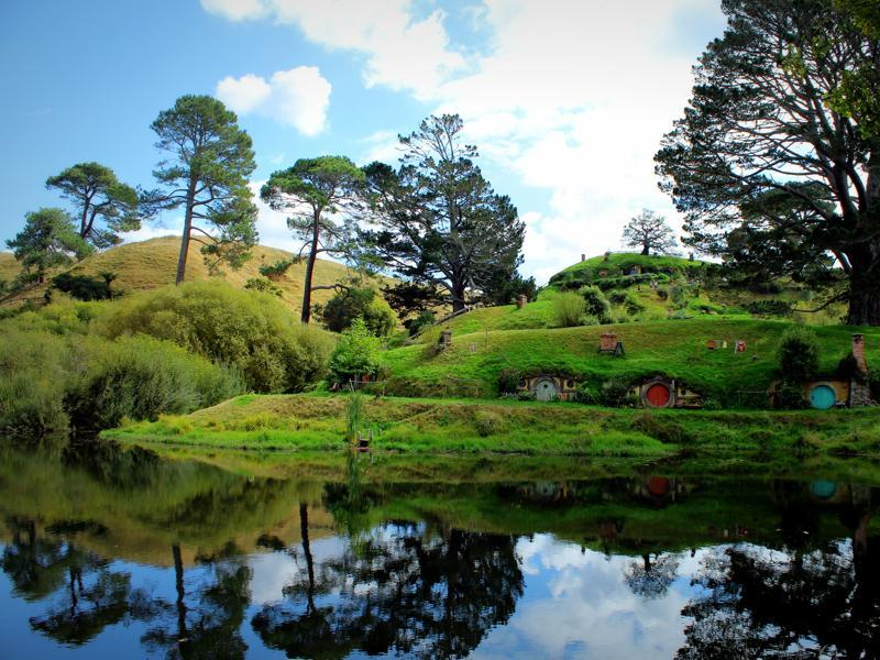 A photo of the Hobbiton set in New Zealand shows Bilbo Baggins' home. (Wikipedia)